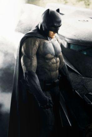 Batman-Affleck-Costume-Color