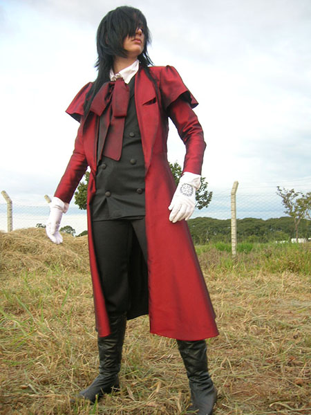 Alucard_cosplay_by_yellow_pig